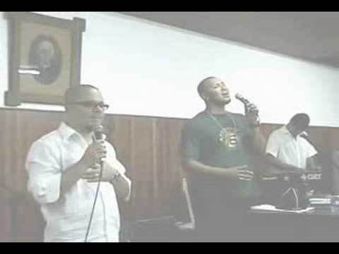 Ton Carfi and Isabeh sing Thou Art Peace by Robson Nascimento.