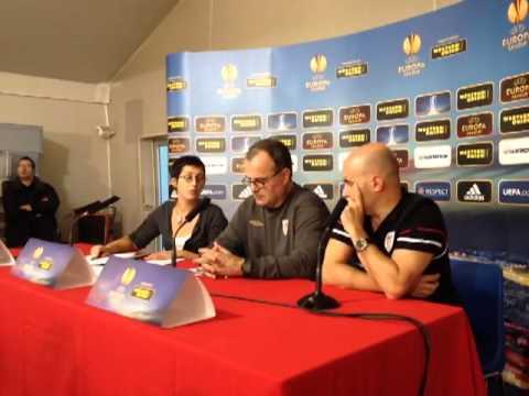 Rueda de prensa de Bielsa en Lyon