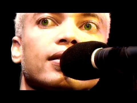 HD   Terence Trent D'arby - Holding On To You - London 1995