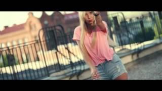 http://www.discoclipy.com/clip-dance-gwiazda-disco-video_daa74cdb9.html
