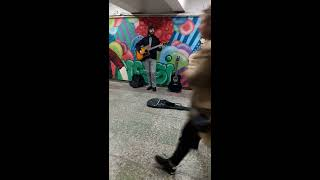 Scorpions-wind of change  (unknown  singer in the underpass)