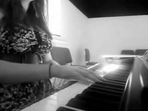 Feels Like Home - Chantal Krevaizuk (Acoustic Cover by Amateur Ear Sex)