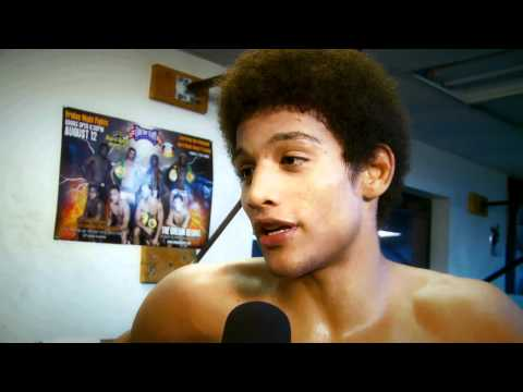 MMA FIGHTER ALEX CACERES GETS READY TO FIGHT