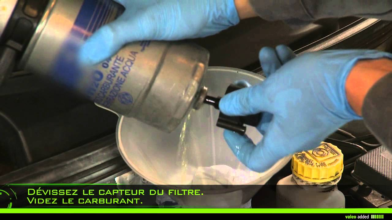 kia sedona fuel filter location on 2003 rio