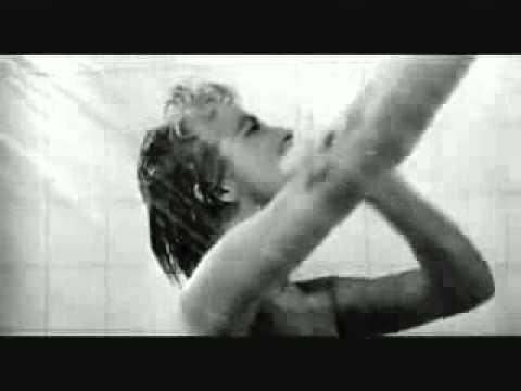 Escena de la ducha en Psicosis de Alfred Hitchcock