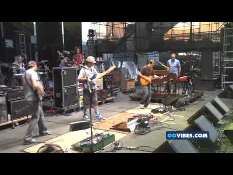 Umphrey's McGee - Gathering of the VIbes - The Fuzz