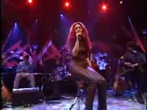 Shakira - Sombra De Ti (Shadow Of You)