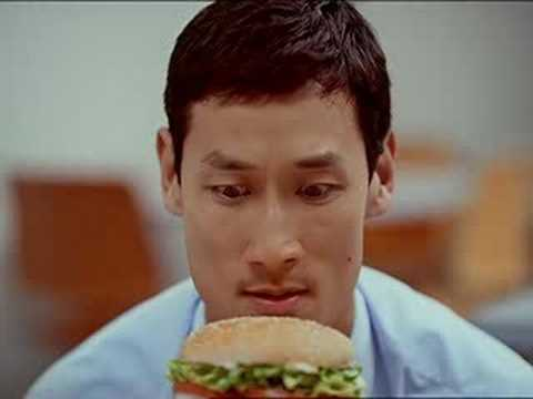 Eat like a snake – Burger King
