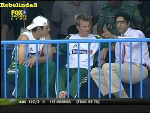 RARE Wasim Akram teaches Brett Lee & Mitchell Johnson how to bowl