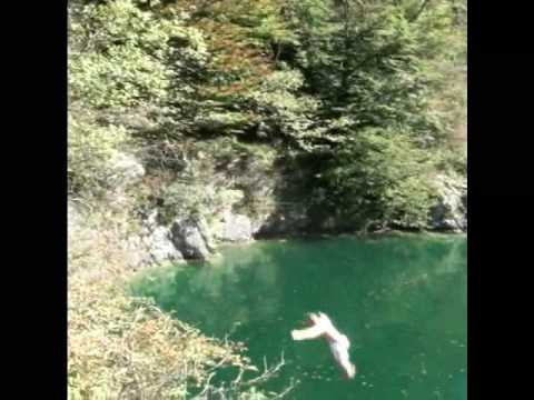 eXtreme Cliff Jumping 2 ... 100 feet