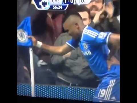 Samuel Eto'o produced a hilarious grandpa celebration mocking boss Jose Mourinho