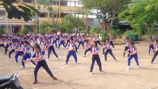 Thi võ cổ truyền trường tiểu học Long Bình 3