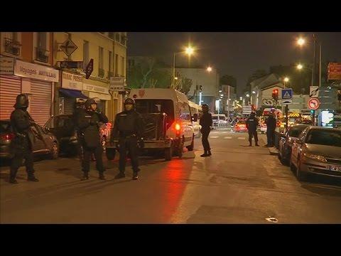 Paris shootings: Police raid apartment in Saint-Denis