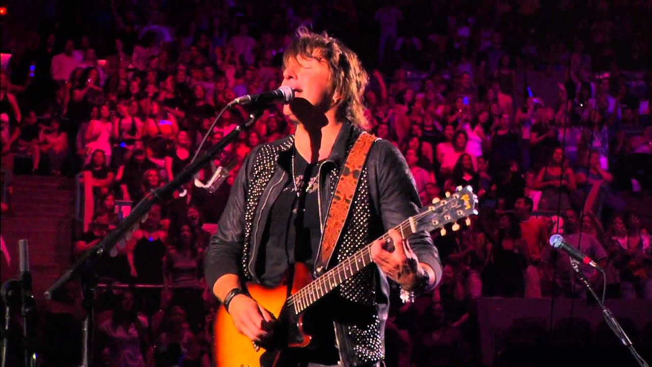 Bon jovi live at madison square garden 2008 part 1 full hd 1080p youtube for Bon jovi madison square garden