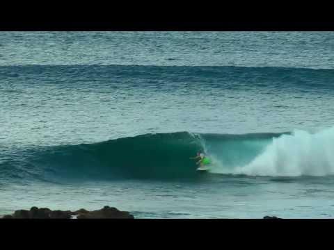 KAHULUI HARBOR - PAKUZ - SURFING MAUI 2014