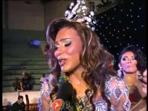 HUMOR. Rival le arranca la peluca a Miss Gay Brasil.avi