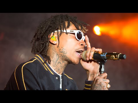 Wiz Khalifa – We Dem Boyz (Live in New York)