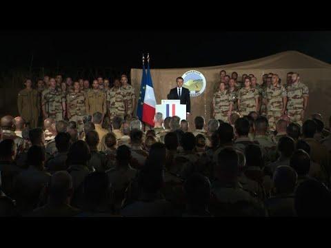 Macron in Niger says Sahel jihadist fight to continue in 2018