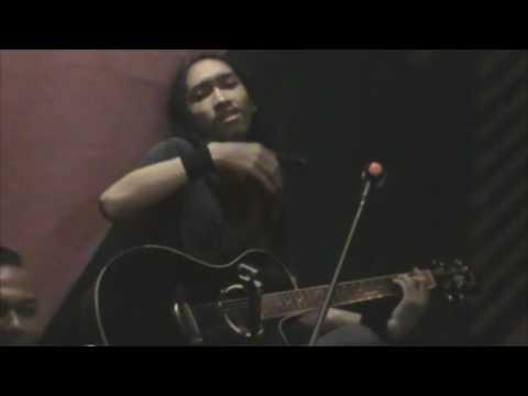 Butiran debu - Rumor - (cover) by Abanx Band - Live music cafe