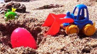 """Видео про погрузчик (или экскаватор, или грейдер) и хрюшку на пляже. Игра для детей """"горячо-холодно"""""""