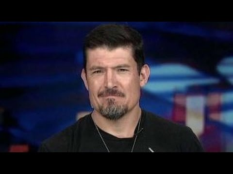 Benghazi hero says patriotism trumps politics