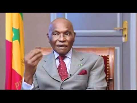 Morgan Palmer en itw avec le président  Abdoulaye Wade