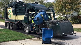 Groot 2601 & 2606 Autocar ACX Heil Freedom Curottos Garbage Trucks