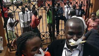 Interdiction sur la couverture en direct des manifestations contre la réélection du président…