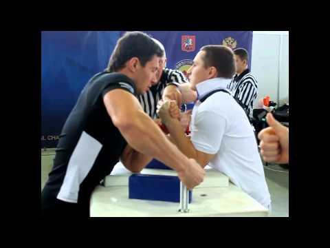 Леонид ЕКИМОВ vs Заур АБУТАЛИМОВ кат.80кг (16.11.14) левая рука