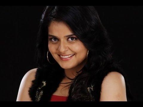 Roma In 'namaste Bali' Malayalam Movie video
