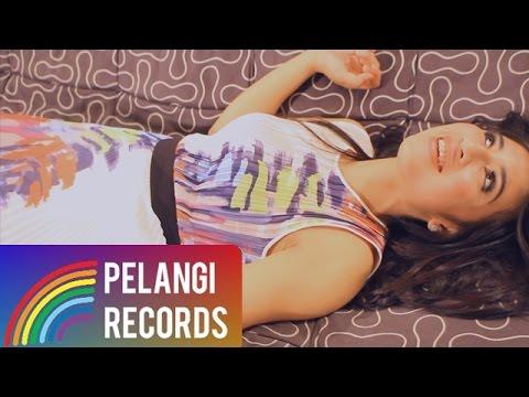 Download Lagu Maya - Mau Tau Aja (Official Music Video) MP3 Free