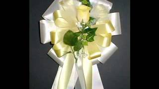 Creative Pew bows for wedding