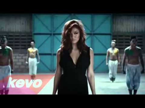 Agnes Monica Walk video