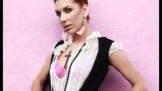 Watch Esthero Beautiful Lie video
