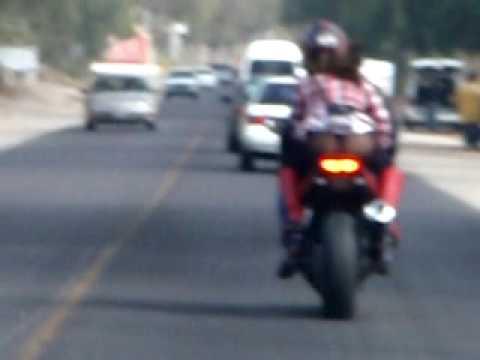 Nalgona En Motocicleta Youtube