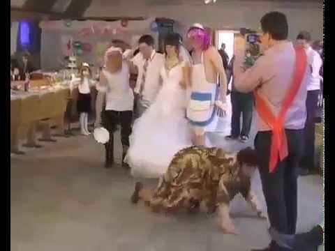 20140207 195330 ПРИКОЛ Падение бабули на свадьбе Приколы! Смешно! Юмор! Юмор! Прикол! Смех
