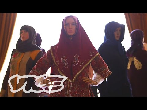 Iran's Fashion Renaissance: Vice Reports video