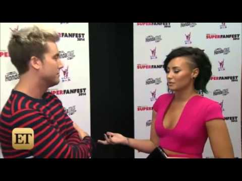 Demi Lovato Gushes Over Boyfriend Wilmer Valderrama!