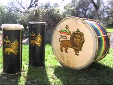 JUSTICE SOUND. NYAHBINGHI REGGAE ROOTS AND CULTURE MIX 2014 TRIBUTE TO BONGO HERMAN.