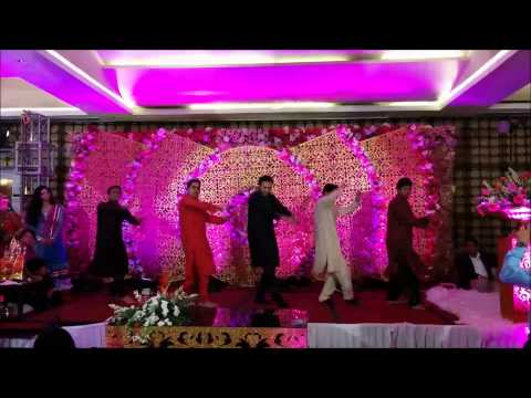 Wedding Choreography On Mere Yaar Ki Shaadi Hai And Veer Ji Vyon Chaliyo By Thirak video