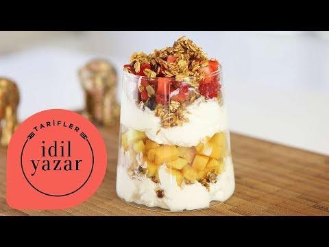 Yoğurtlu Meyveli Parfe Nasıl Yapılır ? - İdil Tatari - Yemek Tarifleri