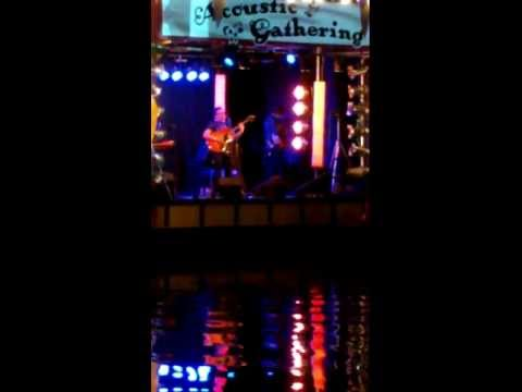 Ian Broudie - Whenever I Do - Live at Acoustic Gathering 2012