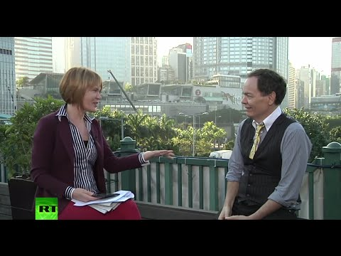 Keiser Report: 'Shoebox' Housing & 'Dim Sum' Bonds (E703)