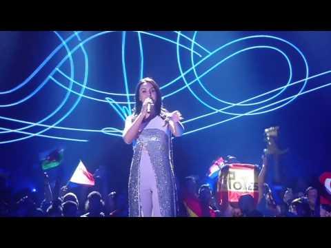 Евровидение 2017 Джамала,фанат выбежал на сцену и показал попу,eurovision 2017 Fail,grand Final Live