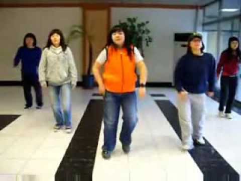 Korean School Girls Dancing To Purple Line video
