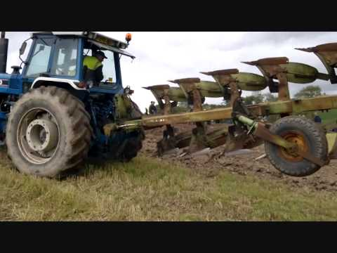 fantastic grip with 9 furrows! very long machine!! click for black smoke!!