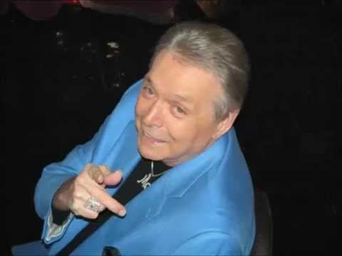 Mickey Gilley - I Overlooked An Orchid