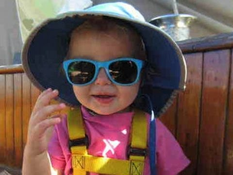 Sick baby needs rescue from sailboat at sea