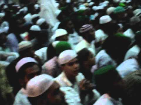 Mehfil-e-mehraj By Dawat-e-islami On 11 Aug'07 In Mumbai, India.  video