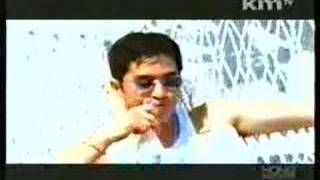 Watch Jinusean How Deep Is Your Love video